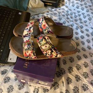 Floral madden girl sandals